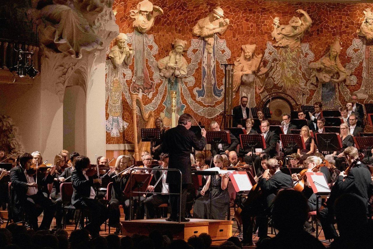 Salonen Construye A Mahler
